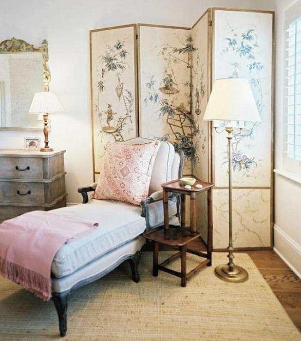Ширмы можно использовать в любой комнате. / Фото: desmyhome.ru