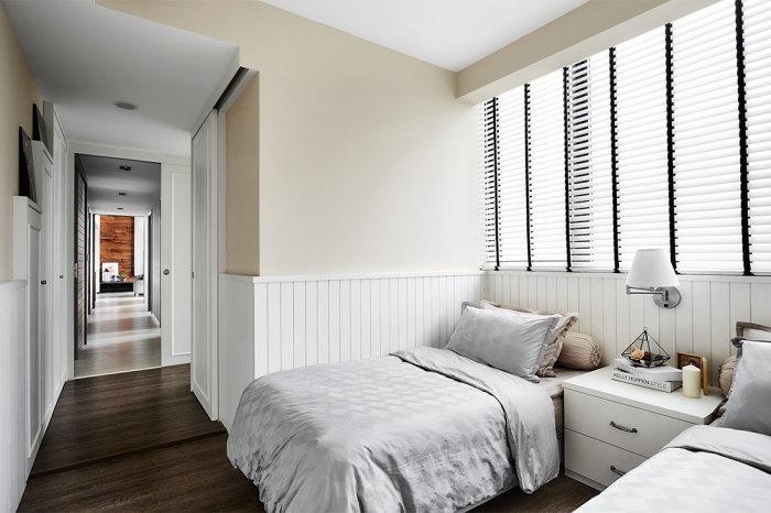 Расстановка мебели у стены.  Фото: lookboxliving.com.sg.
