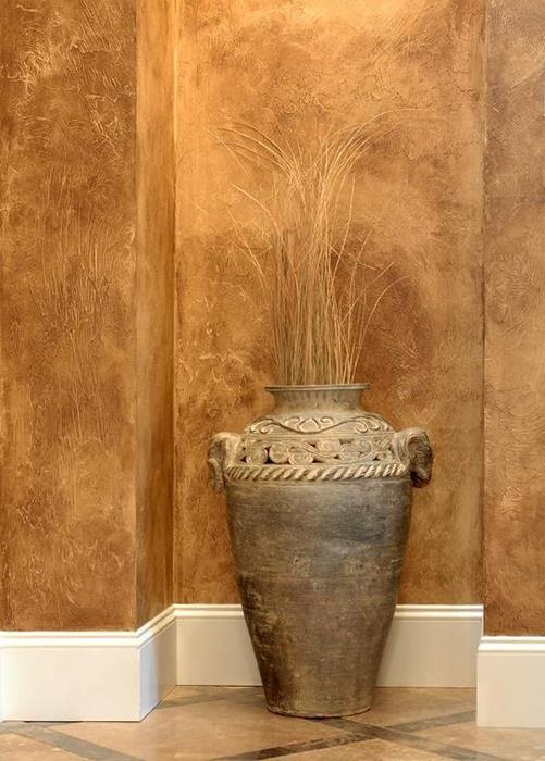 Оригинальный декор стен.