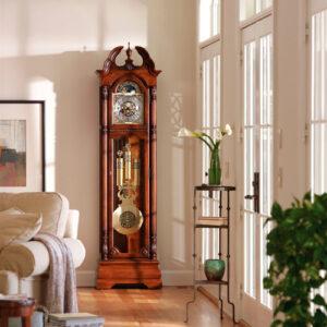 напольные кварцевые часы